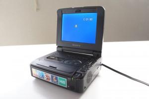 GV A700 8ミリビデオウォークマン
