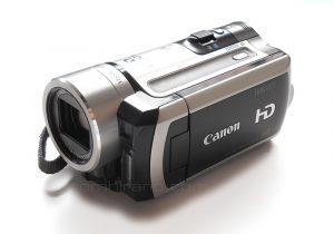 Canon ivis HF11 AVCHD digital video camera