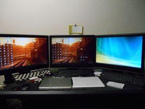Three 22w2 monitors
